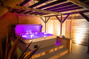Residential Hot Tub £14,000 and over (inc VAT) - Gold Award - North Spas